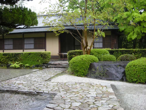 Japanese garden photos japanese garden for Japanese garden small yard